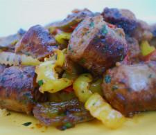 Куриные колбаски с перцем