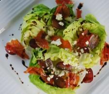 Салат с дор блю и виноградом